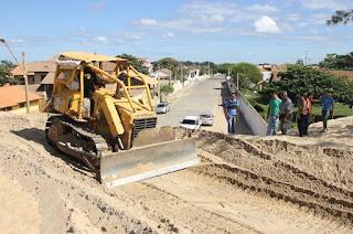 http://vnoticia.com.br/noticia/1445-prefeitura-de-sjb-inicia-remocao-de-areia-em-atafona
