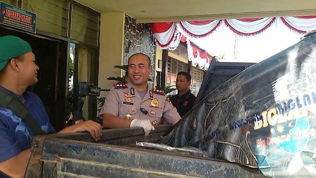Ketahuan Mantan Majikan, Pencuri Kasur Babak Belur Dihakimi Warga.