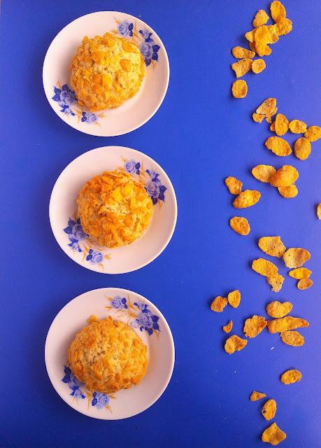 Ciasteczka z płatkami kukurydzianymi i kokosem / Cornflake Coconut Cookies