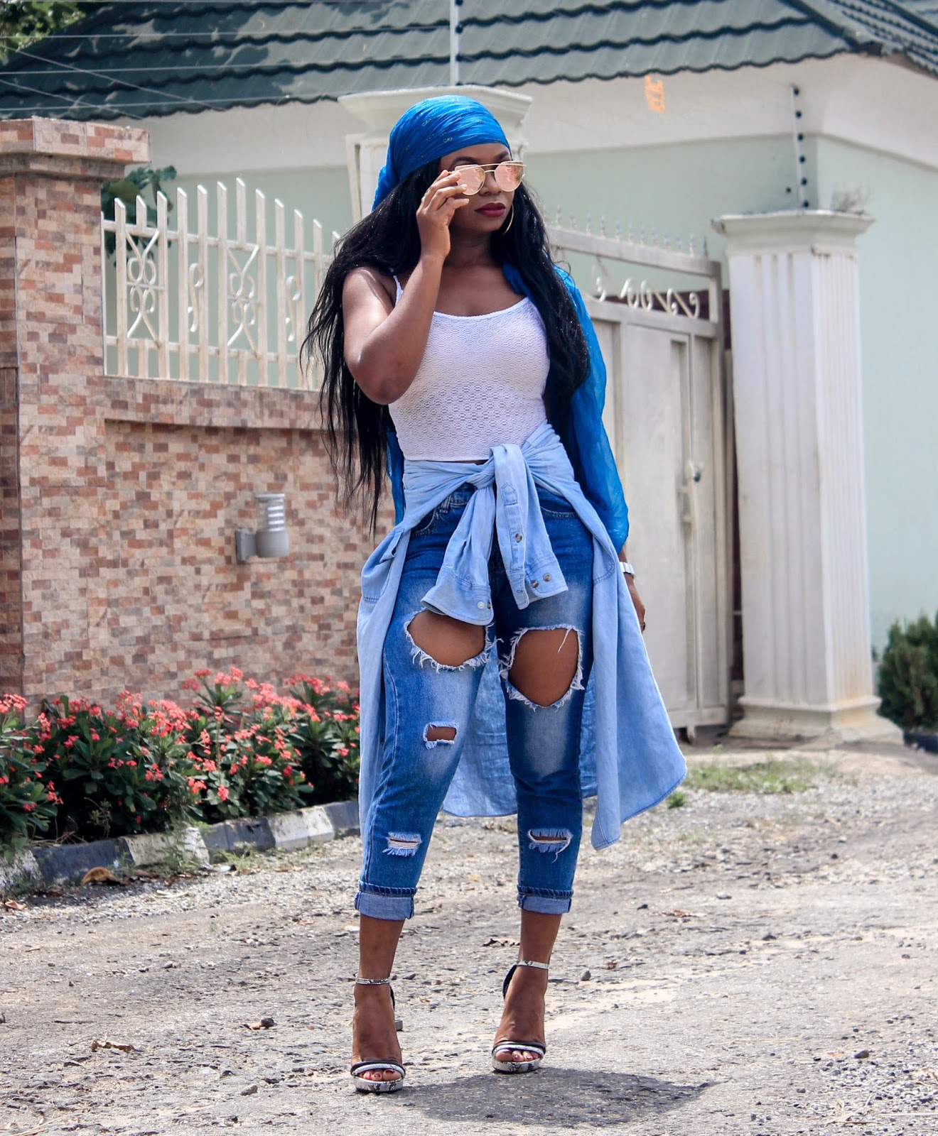 THROWBACK THURSDAY -Modern Twist to the 90's Fashion withRipped Jeans and scarf