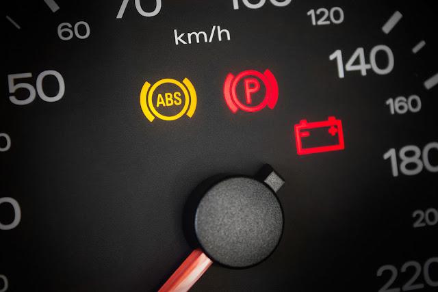 Lampu ABS Menyala Tidak Normal