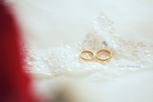 Wedding Rings || Fotografer : Pram - Klikmg Photography ( Fotografer Purwokerto ), wedding, fotografer wedding, photographer wedding, photographer purwokerto, purwokerto, banyumas, top fotografer purwokerto, photographer purwokerto, fotografer wedding purwokerto, photographer wedding purwokerto, fotografi, photography, fotografer purwokerto, fotografer banyumas, fotografer jawa tengah, photographer purwokerto, fotografer pwt, purwokerto, cilacap, fotografer cilacap,