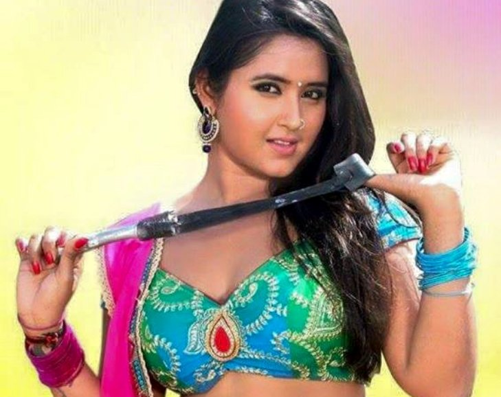 Top 10 Bhojpuri Cinema Actress With Movie  Poster - Zee -8979
