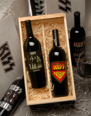 KISS Army Collectible Wine Set