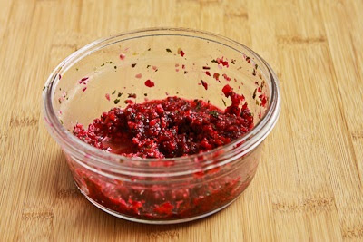 Easy Leftover Turkey Pita Sandwiches with Fresh Cranberry Salsa [KalynsKitchen.com]