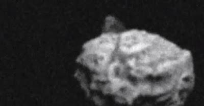 La piramide dell'asteroide 1999-RQ36: si tratta di un fake