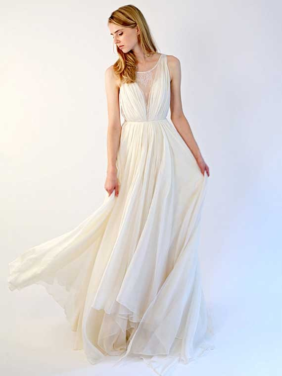 A-line Scoop Neck Chiffon Tulle Sweep Train Appliques Lace Wedding Dresses