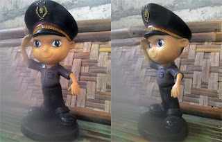 patung maskot polisi