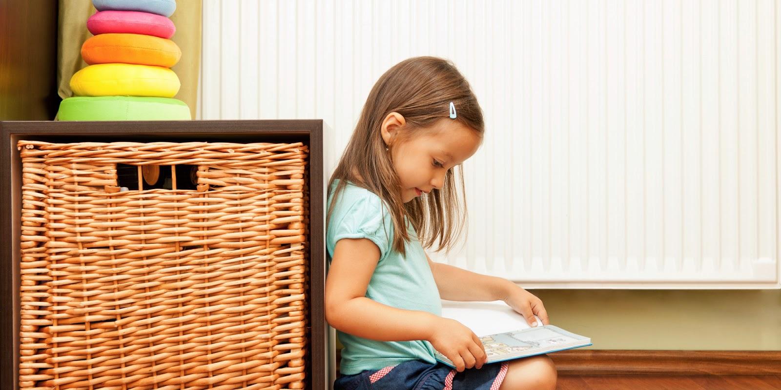 Gambar bayi baca buku online
