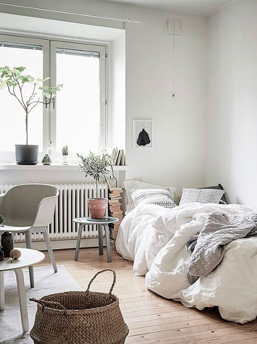white scandanavian livingroom with day bed