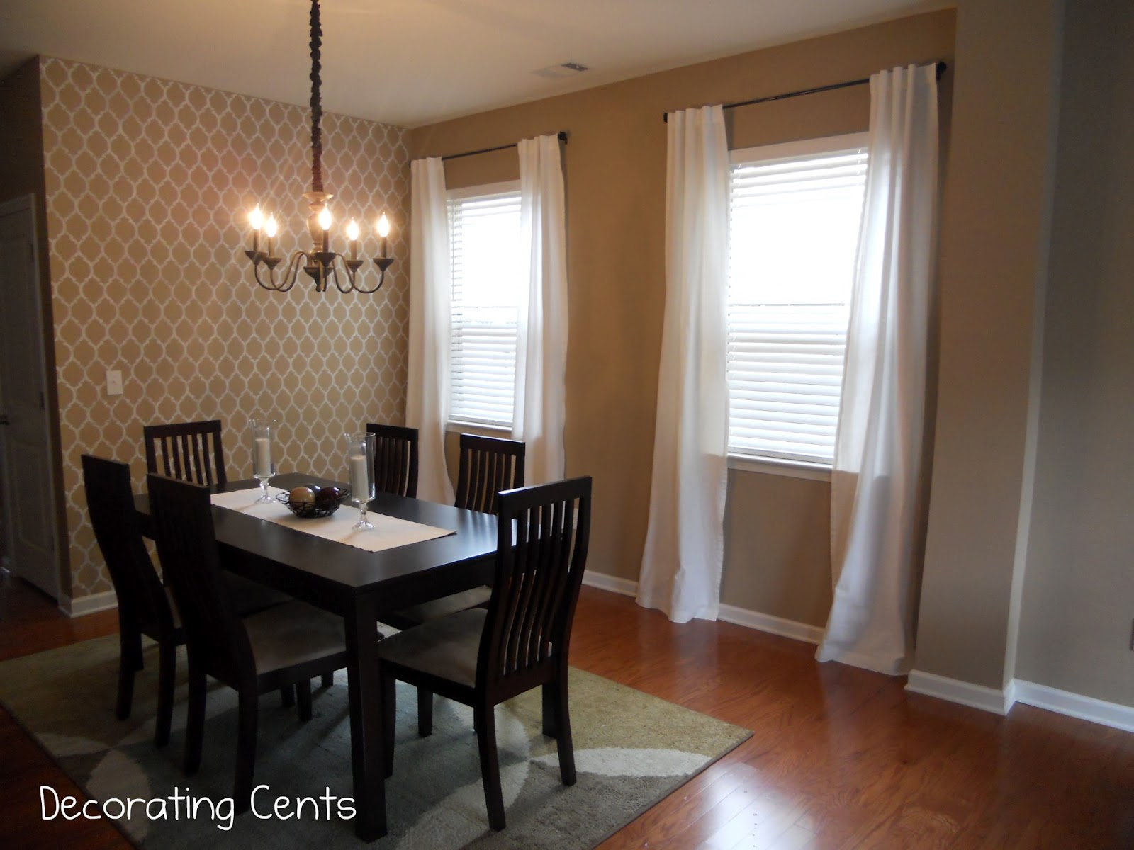 Decorating cents dining room curtains for Dining room valances