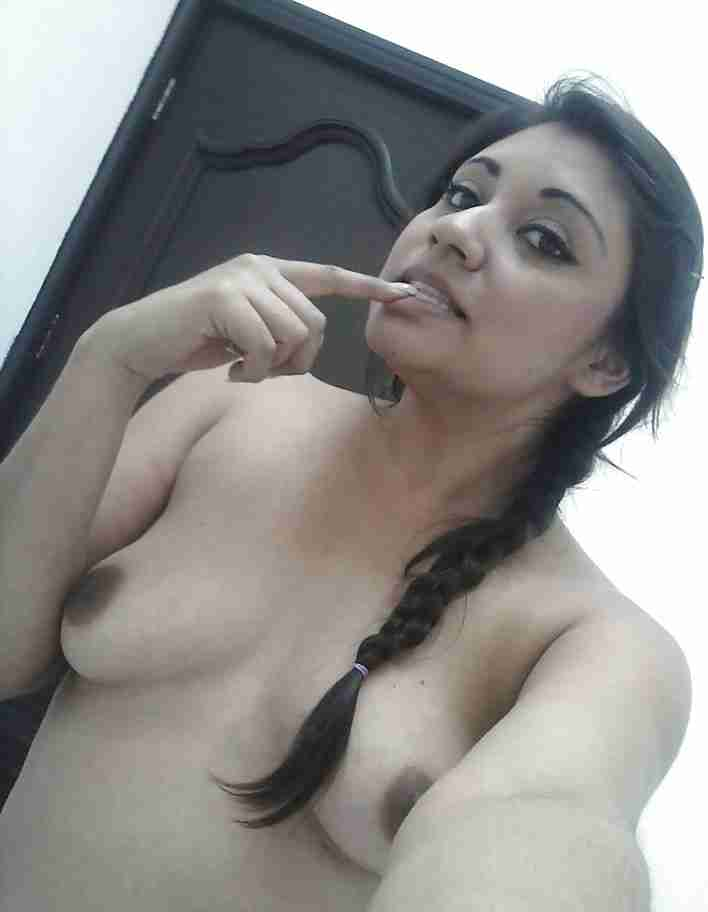 bold nude indian girl
