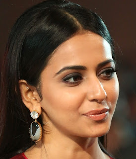 Telugu Actress Rakul Preet Singh Oily Face close Up Pictures (8)
