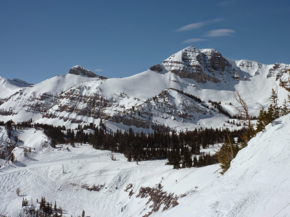 TAOS, NEW MEXICO - Top 5 Ski Areas You Should Visit This Winter.