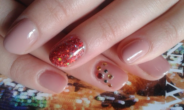 smalto gel con brillantini