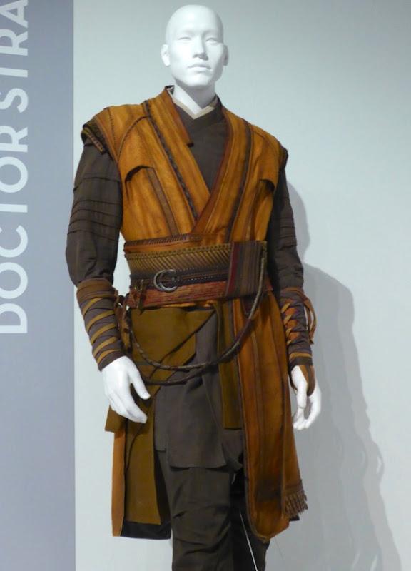 Kaecilius Doctor Strange film costume