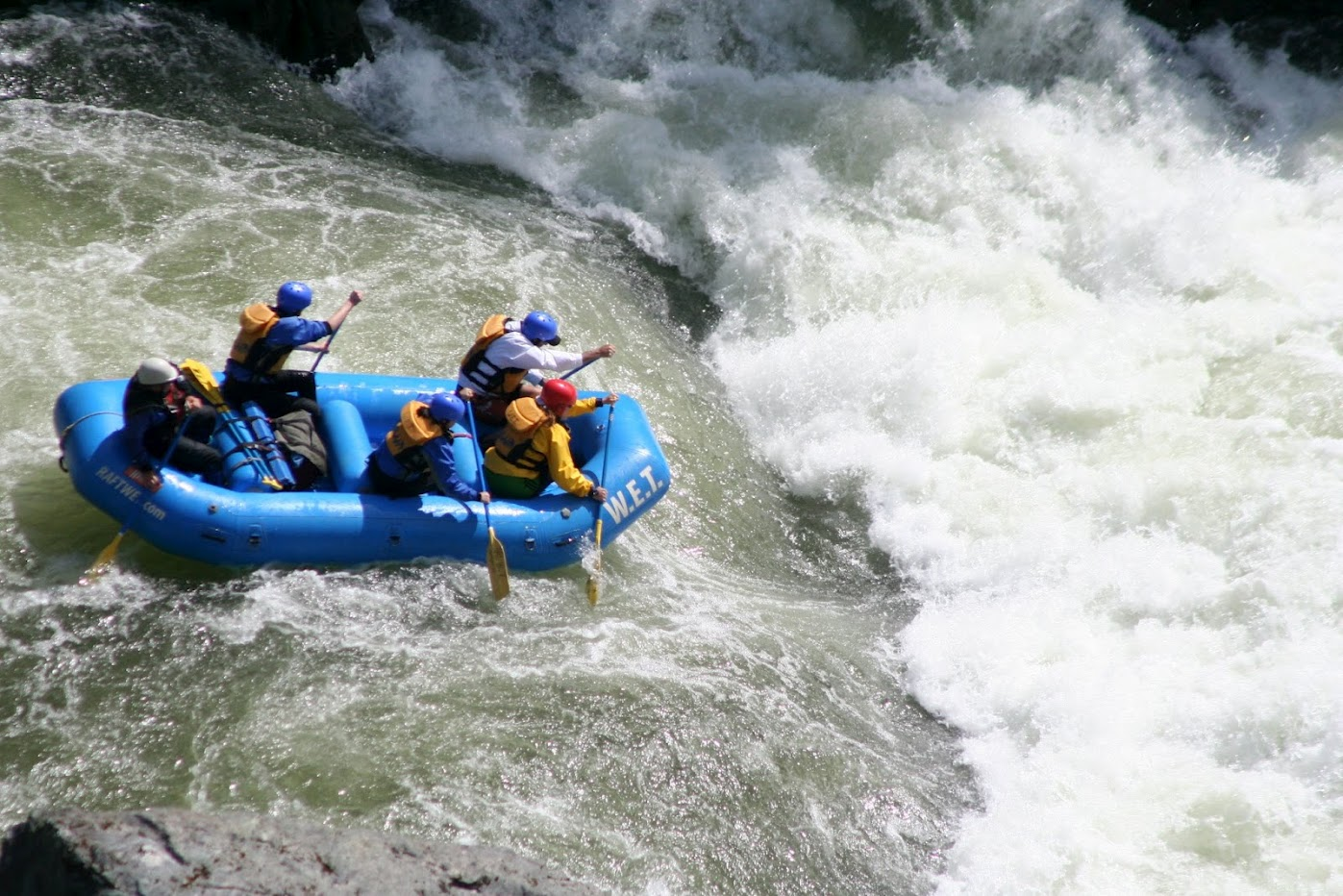 California Whitewater Rafting W E T  River Trips