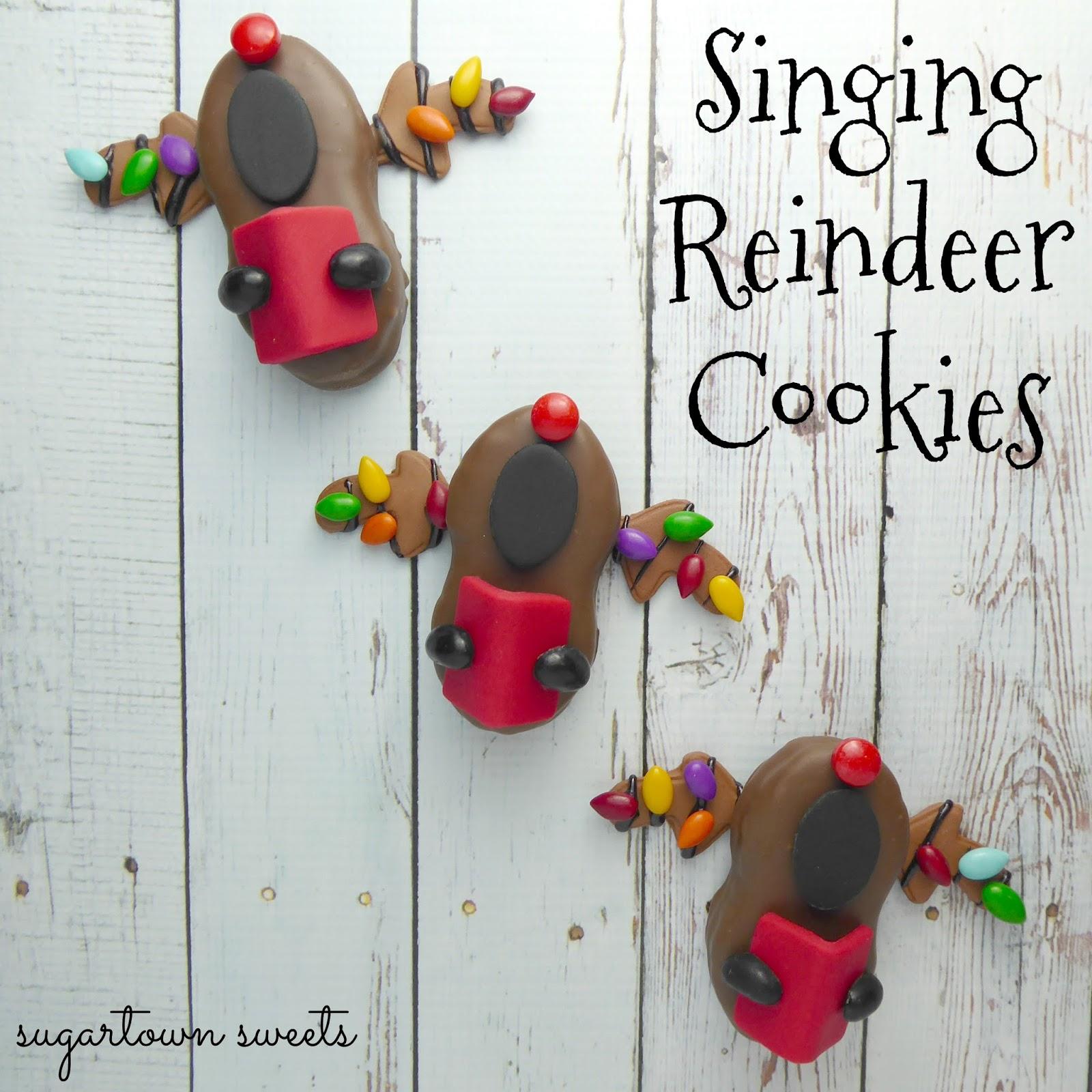 27 In To 37 In Christmas Day Carolers With Songbooks 4: Sugartown Sweets: Singing Reindeer Cookies