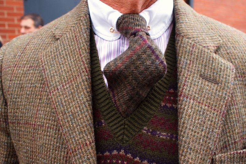 2047a41b952a And here is an example of the look you can achieve with a tweed tie (this  is not one of Rarebird's).