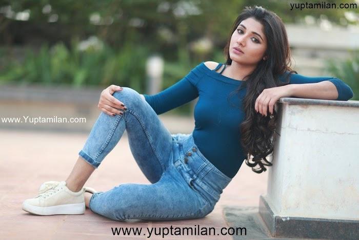 Aditi Menon Hot Photos,Images & Beautiful Pictures