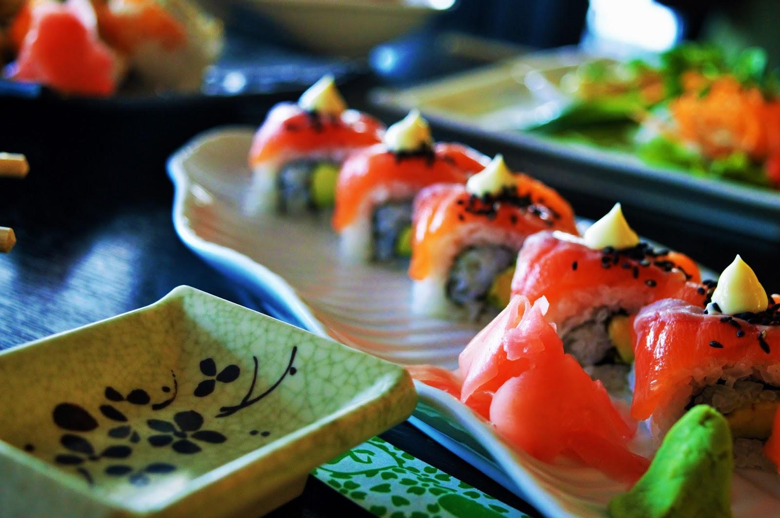 Salmon sushi platter