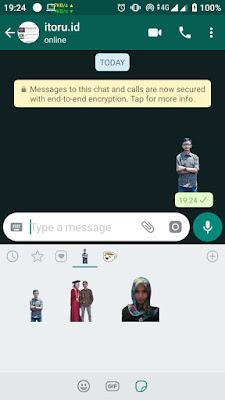 Cara Membuat Stiker Whatsapp dengan Foto Kita Sendiri