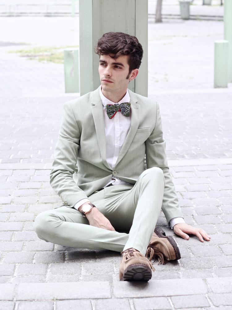 BLOG-MODE-HOMME-VOYAGE-STYLE_costume-skinny-slim-vert-anis-sauge-asos-habiller-mariage-été-cinabre-paris-bordeaux-bandana-paraboot-michael