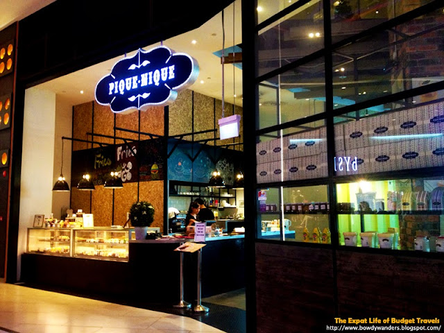 bowdywanders.com Singapore Travel Blog Philippines Photo :: Singapore :: Pique Nique Café in Jurong East