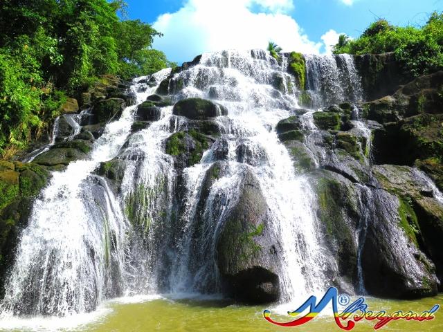 aliw falls, aliw waterfalls, luisiana waterfalls, waterfalls in luisiana, how to go to aliw falls, laguna waterfalls, waterfalls in laguna, aliw falls itinerary