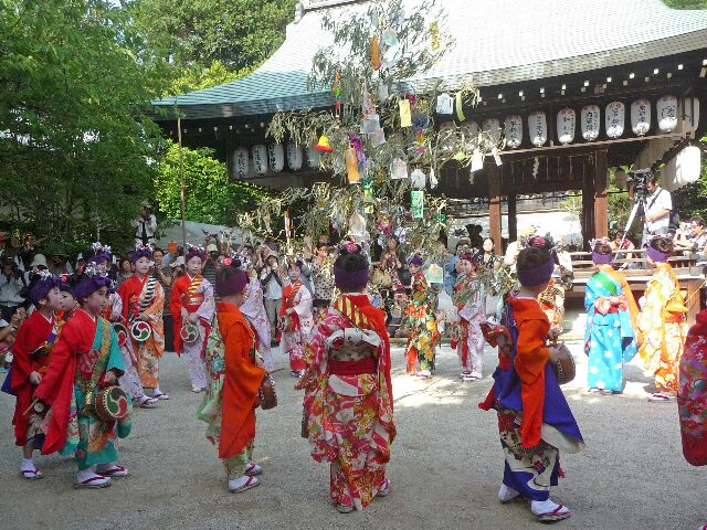 Kemari on Tanabata day - Sei Daimyojin Reisai at Shiramine Jingu Shrine, Kyoto