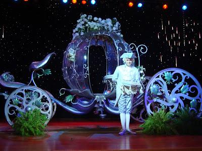 So Disney Wedding Cinderella S Carriage