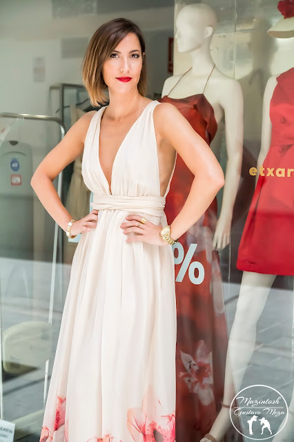 FitnessAndChicness-Las-Vegas-Style-Etxart-Panno-Wedding-Dress