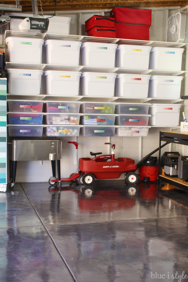 Pretty Garage Organization