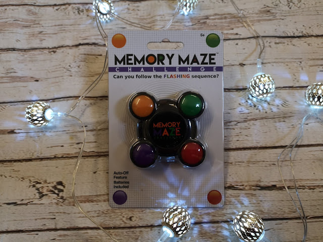 Memory maze pocket game