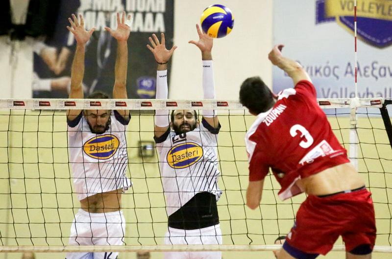 Ο Ολυμπιακός νίκησε 3-0 τον Εθνικό Αλεξανδρούπολης και προκρίθηκε στο final-4 του κυπέλλου