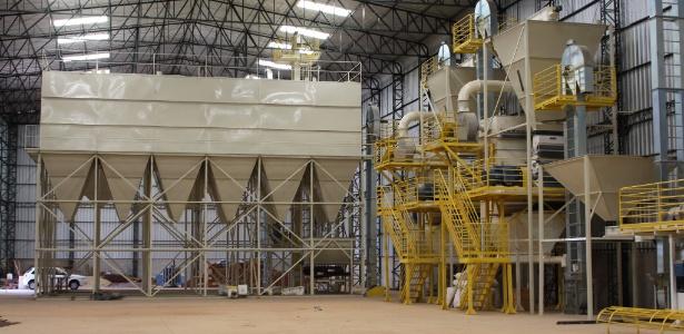 Fábrica em Cristalina espera energia há mais de 1 ano para começar a operar