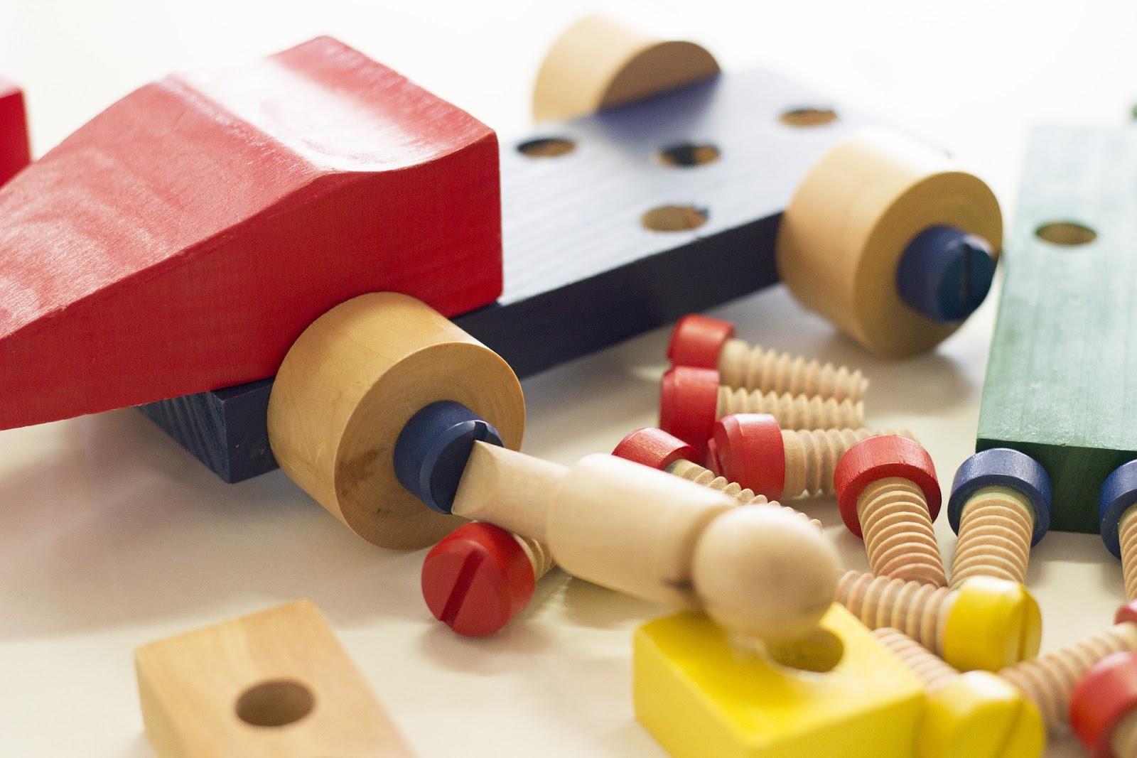 Montessori, metoda montessori, pedagogika montessori, kreatywność, rozwój dziecka, wspieranie rozwoju dziecka