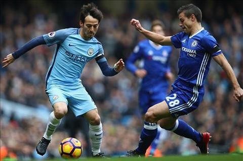 Phong cách thi đấu điềm tĩnh của Azpilicueta mang lại sự tin tưởng cho hàng phòng ngự của Chelsea