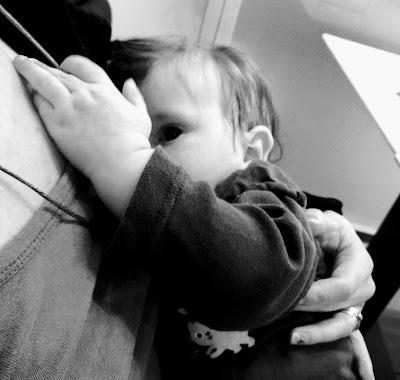 Saippuakuplia olohuoneessa. blogi. 8 kuukautta, Lapsen kehitys, Lapsi, Vauva, Imetys, Syli