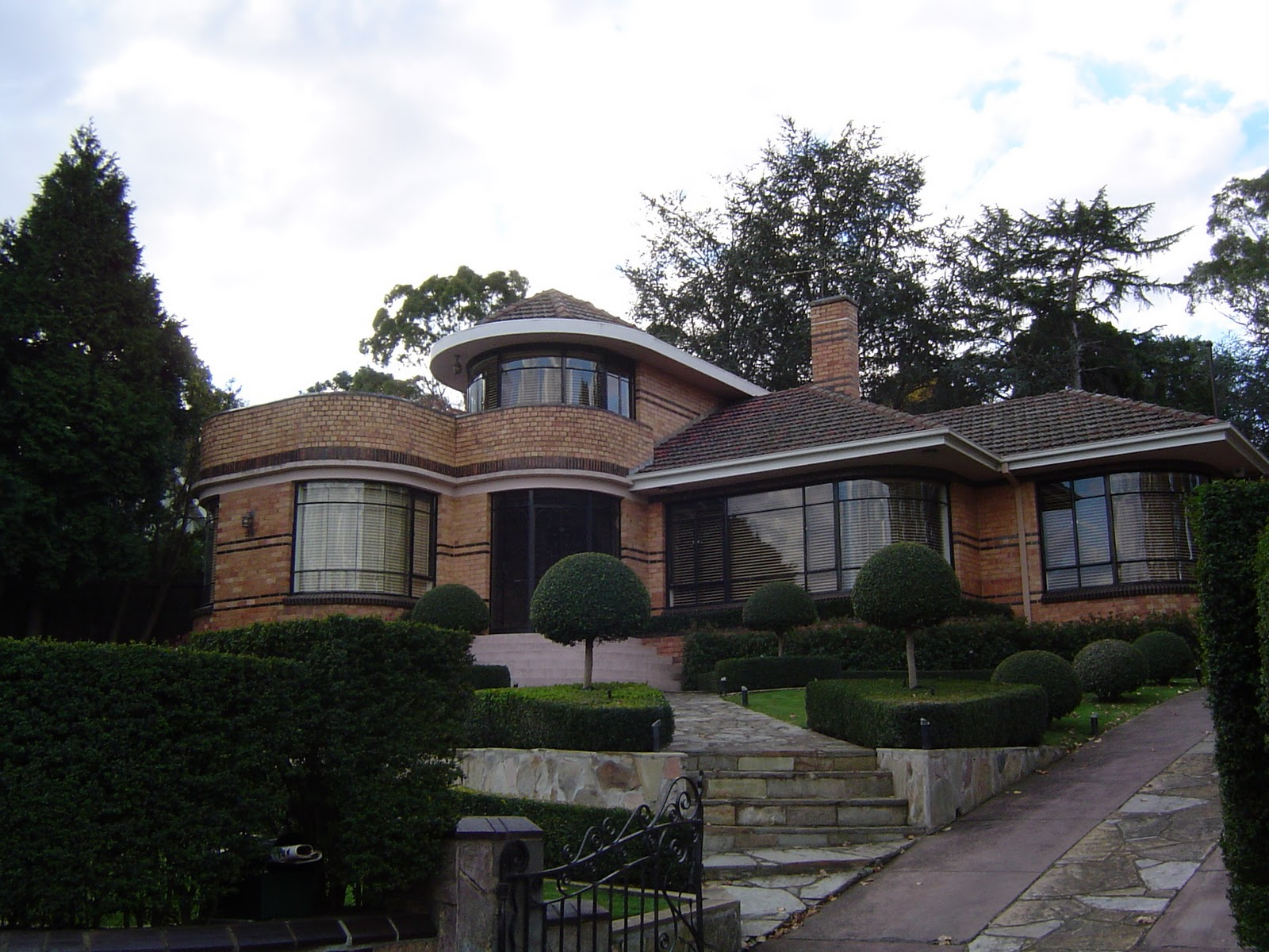 Art deco style house home garden healthy design - What is art deco style ...