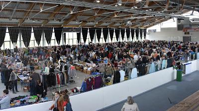 Flohmarkt in der Eissporthalle Brokdorf