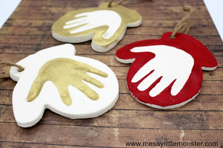 Baby handprint ornament. Handprint painting.