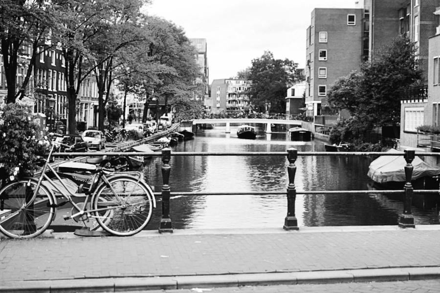 amsterdam kanal brücke