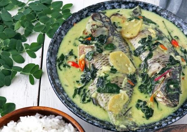 Ginataang Tilapia (Tilipia In Spicy Coconut Milk) Recipe