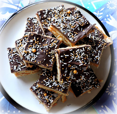 Refrigerator Toffee Bars
