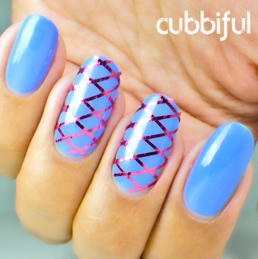 geometric pattern nails