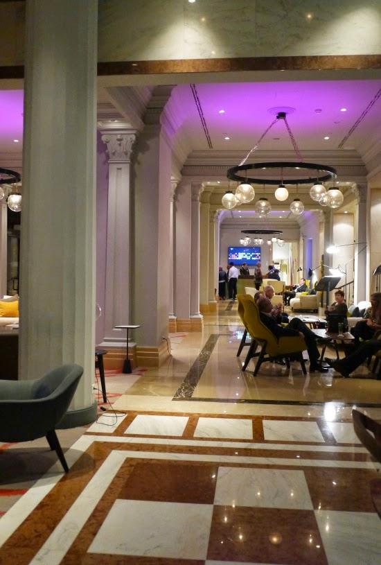 Le Meridien Budapest lobby