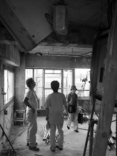 築30年超の一室をスケルトンリフォームした心地よい住まい スケルトンにした工事現場の様子