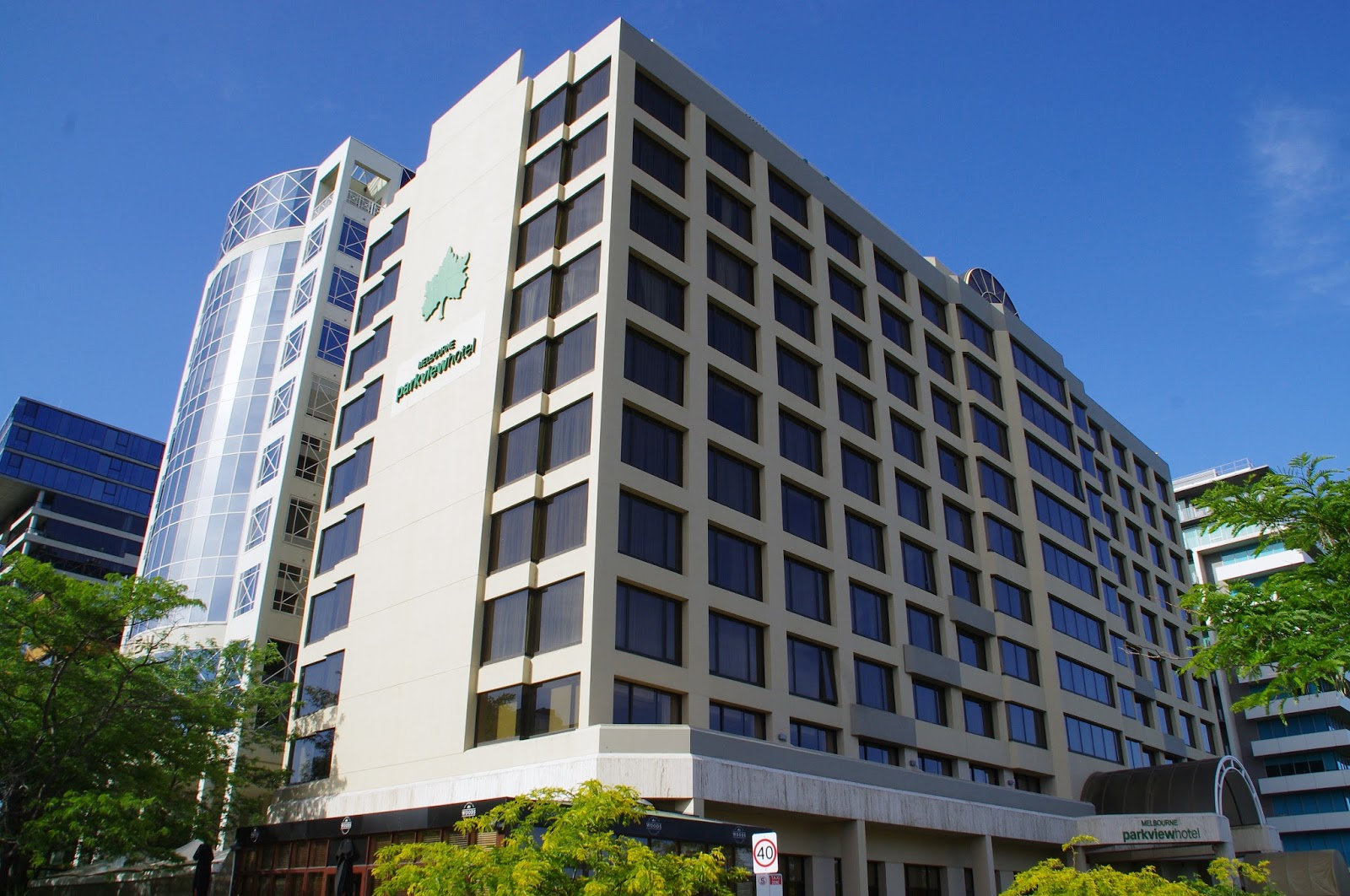 Melbourne Parkview Hotel Exterior