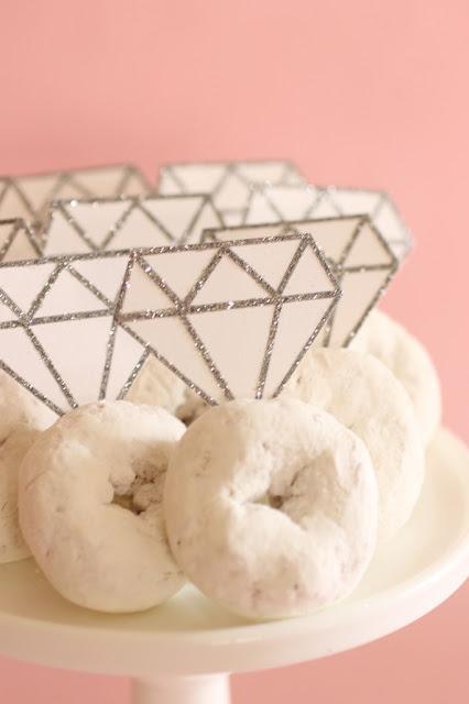 DIY Cupcake Toppers with Diamond Shape.